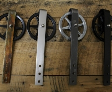 Rebarn - Sliding Barn Doors - Toronto - Barn Door Hardware - 6 Inch Carriage House Assorted Finishes