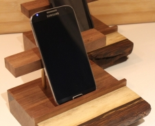 Cell-Phone-Docking-Station