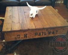 C.N.Railway-Industrial-Pallet-Table