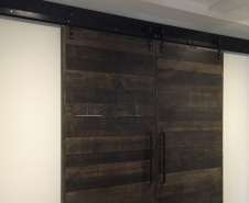 Economy Byparting Barn Door Bardware