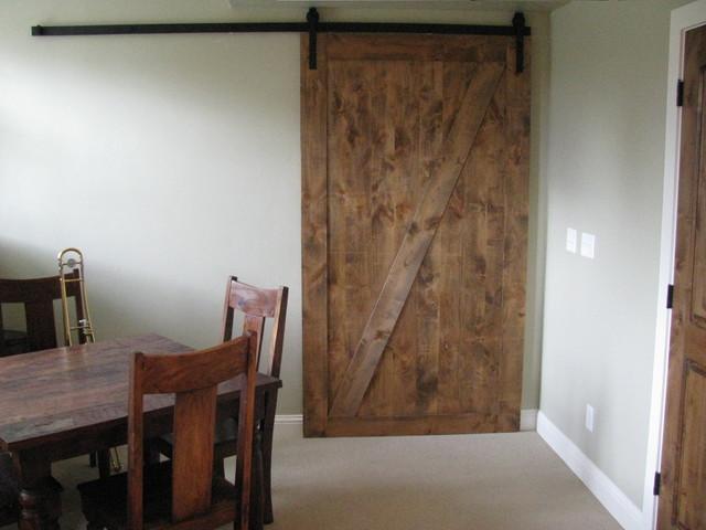 Sliding Barn Door 640 x 480